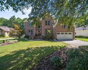 511 Twelve Oaks Court, South Chesapeake image