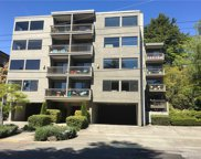 654 W Olympic Place Unit 402, Seattle image