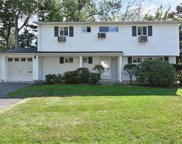 25 Southern Road, Hartsdale image