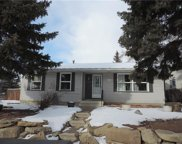 1059 Pensdale Crescent Southeast, Calgary image