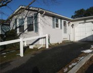 86 W Village Cir, Manorville image