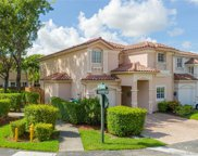 10902 Nw 69th Ter, Doral image