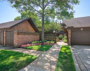 1868 Mission Hills Lane, Northbrook image