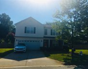 4 White Oak Court, Greensboro image