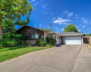 402  Amberwood Road, Roseville image