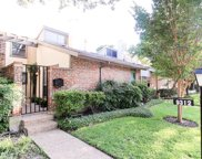 9312 Chimney Corner, Dallas image
