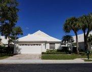 44 Dorchester Circle, Palm Beach Gardens image