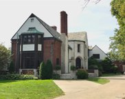 315 LAKELAND, Grosse Pointe image