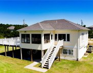 305 Sea Scape Road, Southeast Virginia Beach image