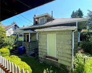 913 23rd Ave E, Seattle image