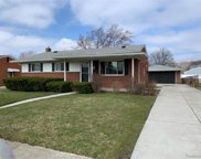 2215 PARLIAMENT, Sterling Heights image