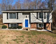 2316 Willow Bend Drive, Kernersville image