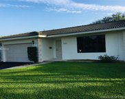 7001 Loch Ness Dr, Miami Lakes image