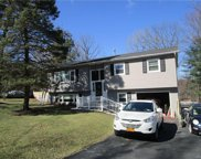 12  Canterbury Drive, Middletown image