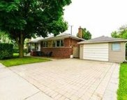 12 Sussex Ave, Richmond Hill image