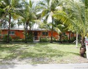 7271 Sw 2nd St, Miami image