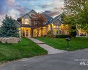 5713 N Hill Haven Place, Star image