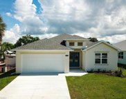 2214 Isle Of Pines  Avenue, Fort Myers image