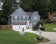 2873 Red Haven Court, Powder Springs image