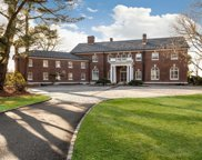 11 Mansion Hill Dr, Muttontown image