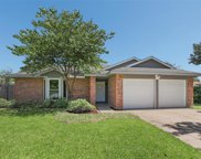 5204 Colonial Drive, Flower Mound image