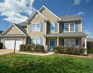 112 Dovetail  Drive, Mooresville image