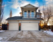 240 Oakmere  Place, Chestermere image