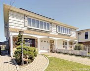 154-05 17th  Avenue, Whitestone image