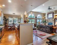 1586 Piney Hill Point, Monument image