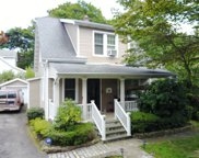 32 Temple  Road, Dobbs Ferry image