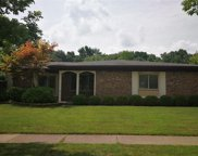 5735 Larkins, Troy image