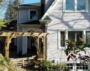 2238 E Crescent Drive, Seattle image