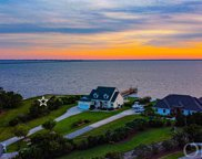 150 Battlefield Court, Manteo image