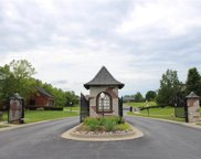 2101 Chateau Place, Raymore image