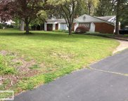 6222 Thorneycroft Dr, Shelby Twp image