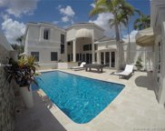 2707 Pinehurst Dr, Weston image