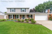 17900 Country Club Dr, Livonia image