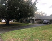 22 Corn Crib Ln, Roslyn Heights image