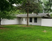 2 Bedford Ct, Mount Holly image