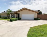 8 Leeward Cir, Tequesta image