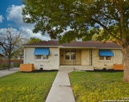 2627 W Kings Hwy, San Antonio image