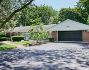 6201 Sunset Avenue, La Grange Highlands image