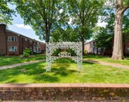 4050 Forest Hill  Avenue Unit U30, Richmond image