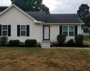 796 Summer Hill Ln, La Vergne image