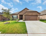 516 Fossil Creek Drive, Little Elm image