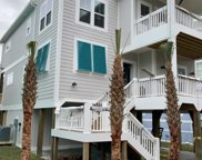 104 Se 68th Street, Oak Island image