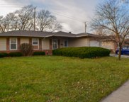 832 Penrith Avenue, Elk Grove Village image