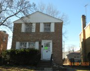 2122 South 20Th Avenue, Broadview image