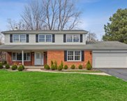 9 Camberley Court, Hinsdale image
