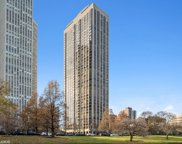 2650 North Lakeview Avenue Unit 702, Chicago image